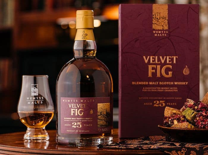 Velvet Fig Aged 25 Years A Severe Sherry Cask Matured Scotch Whisky photo