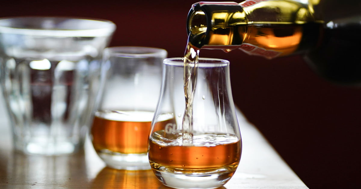 Here's To The New Decade: 20 Year Old Whiskies To Drink In 2020 photo