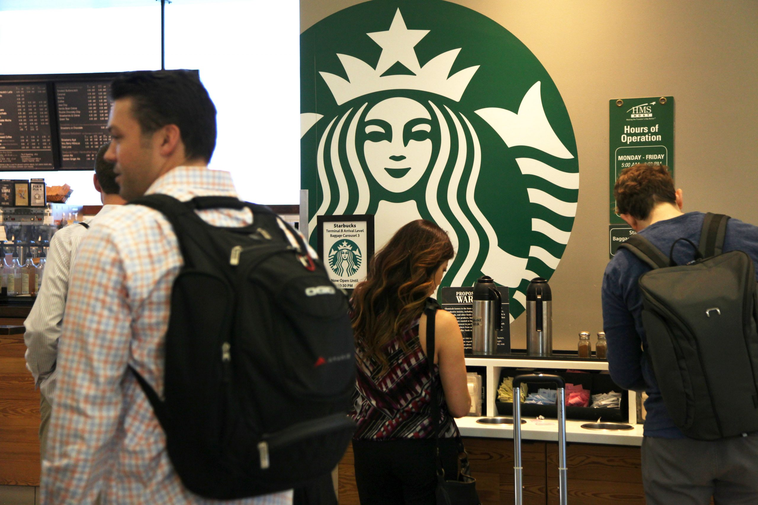 Starbucks Will Offer 'catastrophe Pay' To Baristas Exposed To The Coronavirus photo