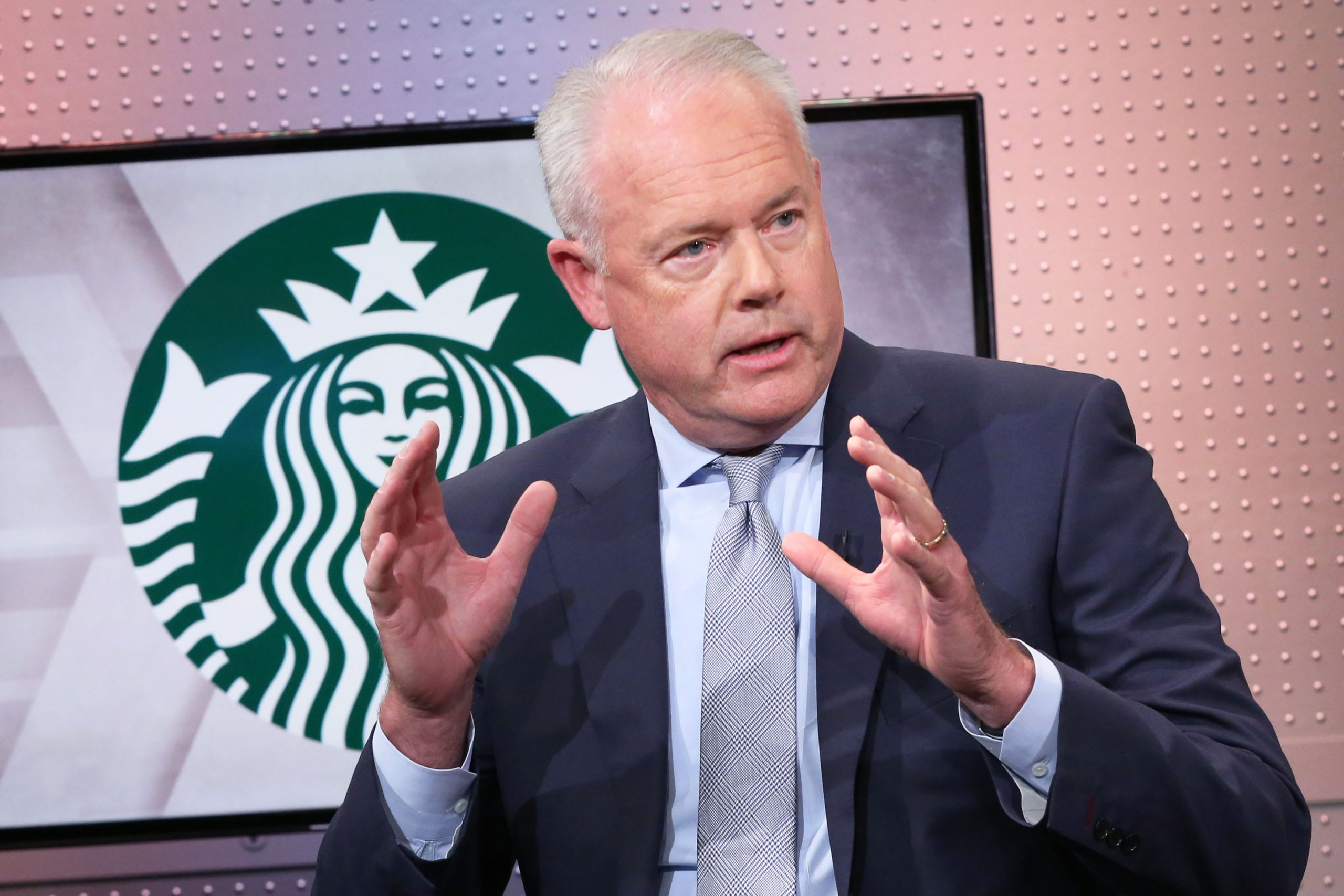 Starbucks Ceo Says Customers May Only Be Able To Order Via Drive-thru Or Mobile Due To Coronavirus photo