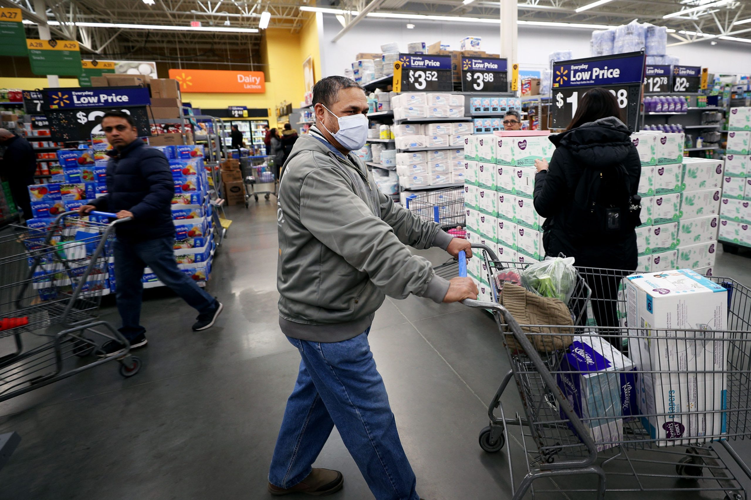 Walmart, Starbucks And Others Face A New Coronavirus Challenge: Sick Workers And Fearful Customers photo