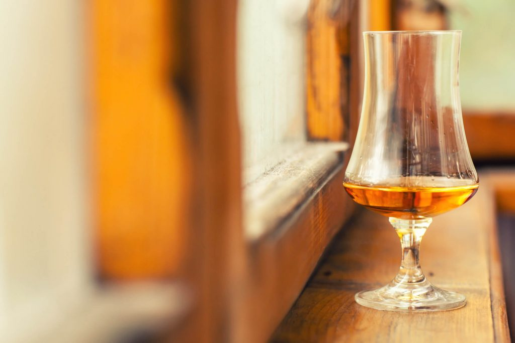 These 7 Top-rated Tennessee Whiskeys Prove It's Not All About Kentucky photo