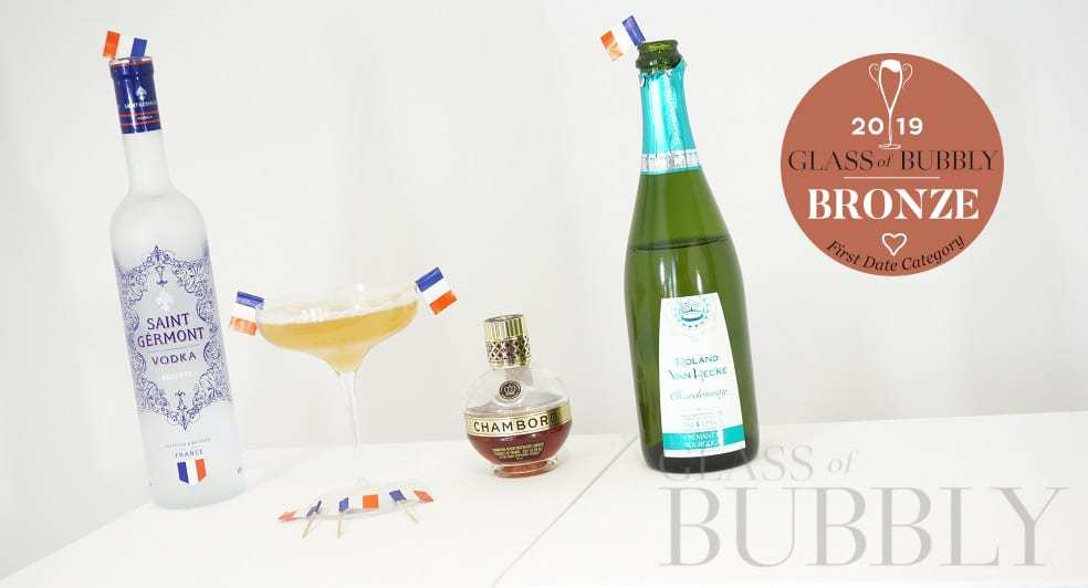 How To Make A Fizzy French Martini photo