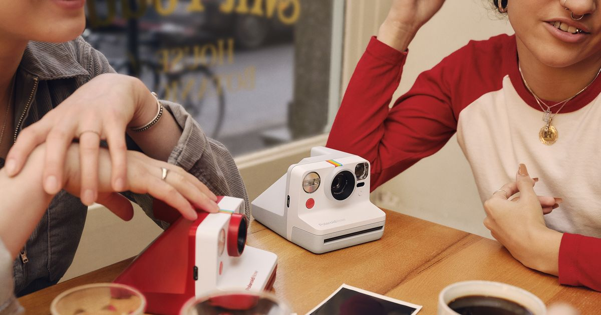 Polaroid Now Review: The Most Accessible Instant Camera To Date photo