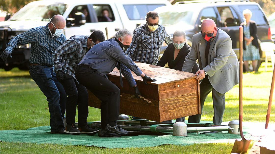 Grieving Families, Funeral Homes Walk New Ground In Covid-19 Times photo