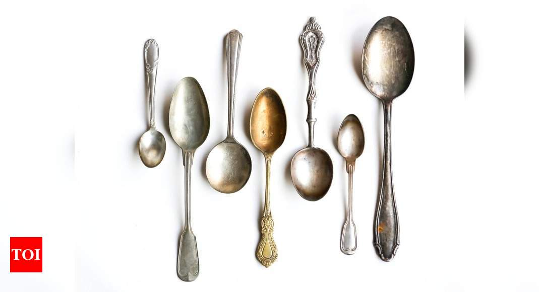 Should You Use A Small Spoon Or A Big Spoon To Avoid Overeating? photo