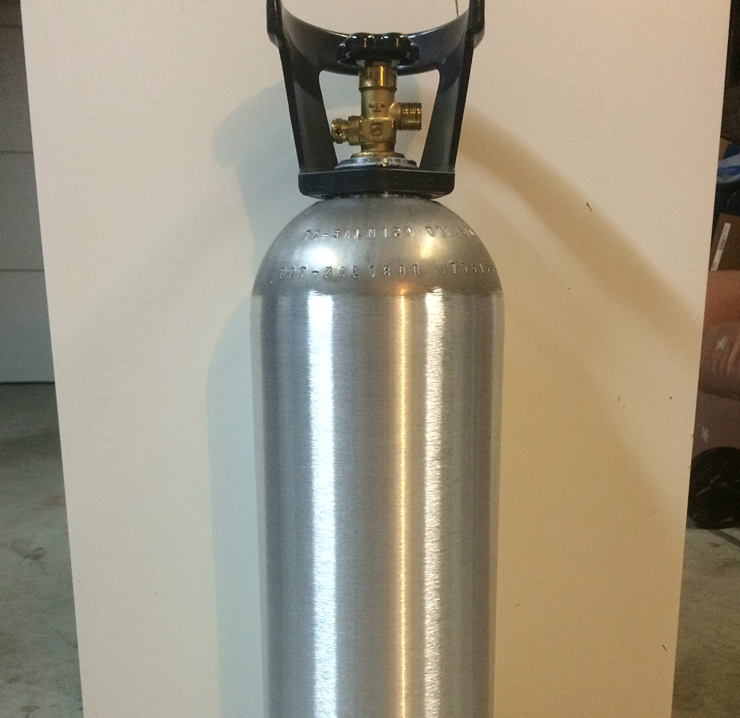 The Best Co2 Cylinders With Cga320 Valve For Sodastream photo