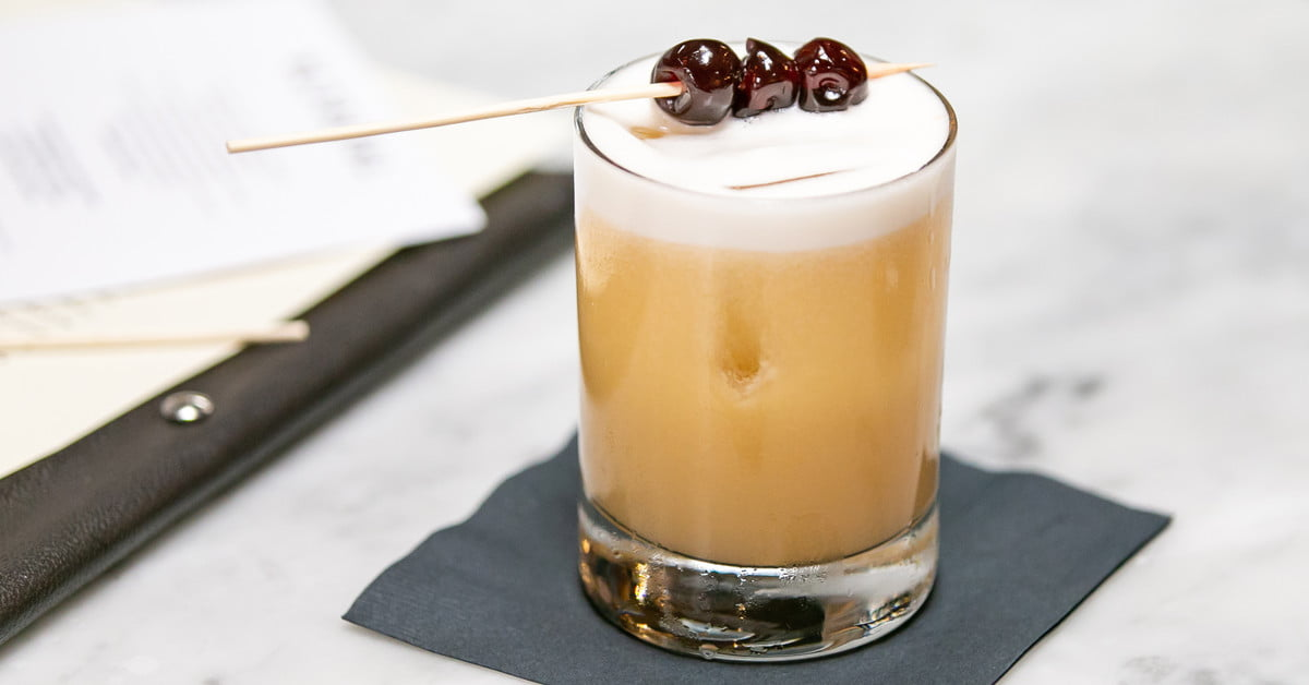 The Best Whiskies For Whiskey Sours, According To Bartenders photo