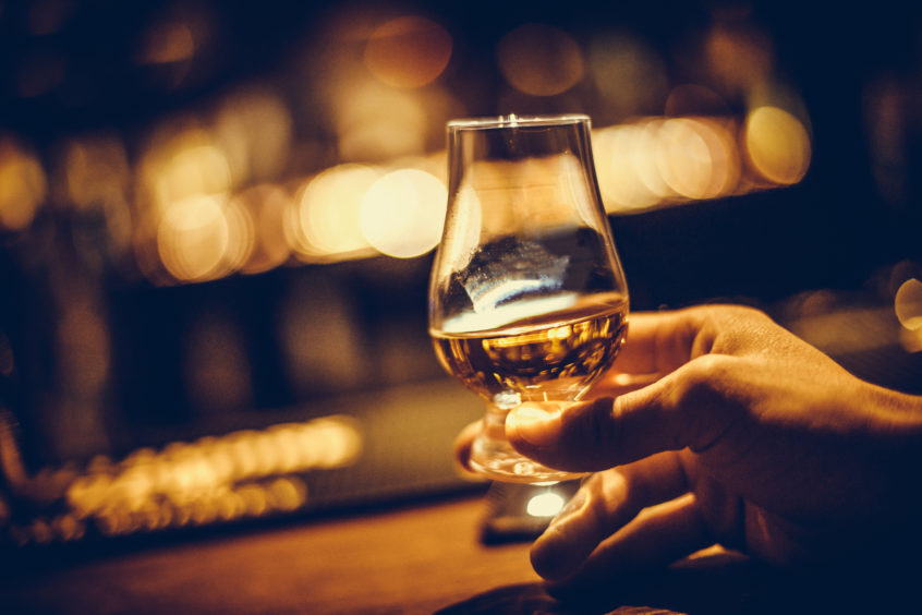 10,000 Log On For 'world's First Virtual Whisky Festival' photo