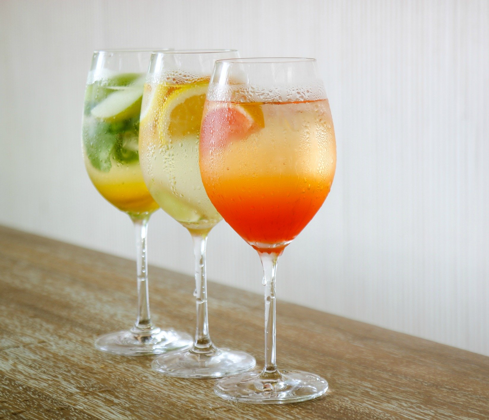 spritz cocktails The Best Cocktail Recipes For A Festive Student Party