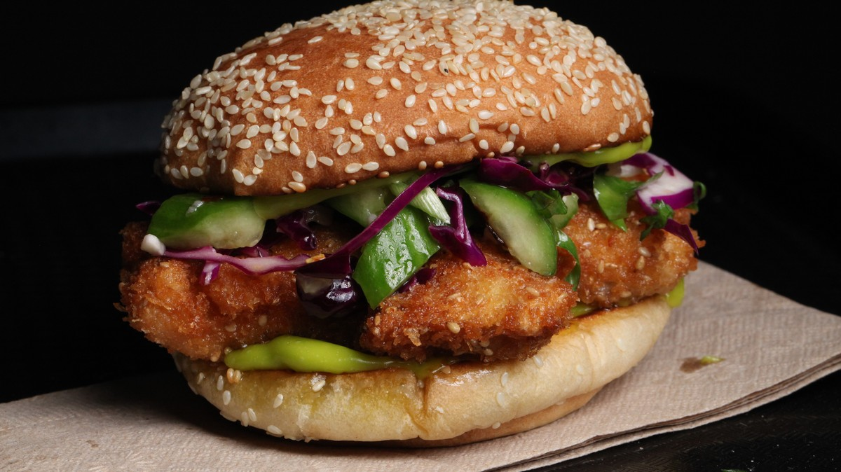 Crispy Sesame Chicken Sandwich Recipe photo