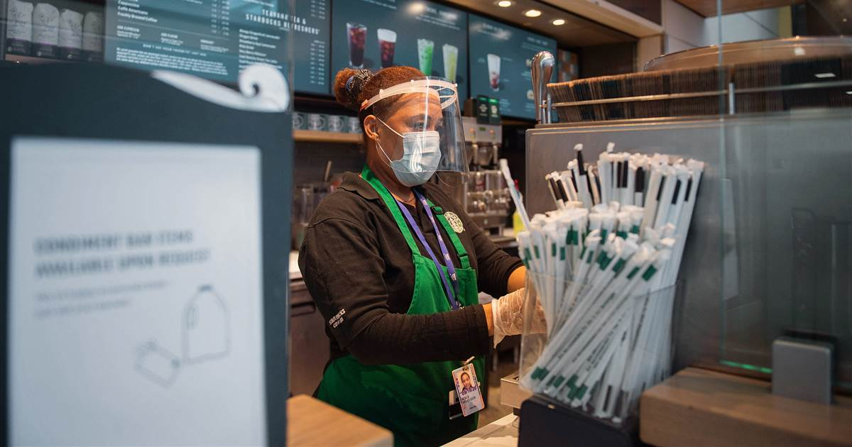 As Starbucks Locations Reopen Nationwide, Workers Question Why They Should Risk Their Life 'for A Frappuccino' photo