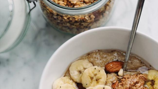 3 Cheap And Easy Breakfast Ideas photo