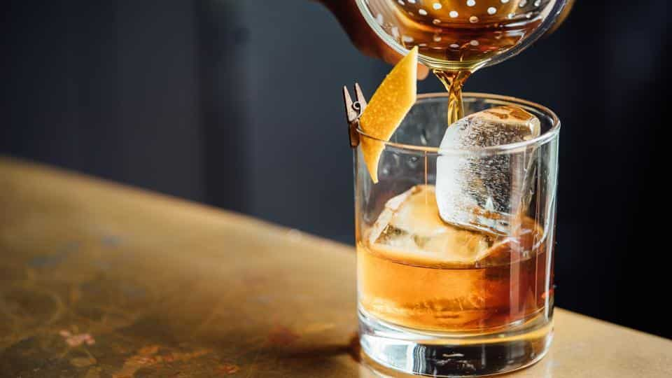 World Whisky Day: enjoy Virtual Happy Hours With These Whisky Cocktails To Sip On A Summer Evening photo