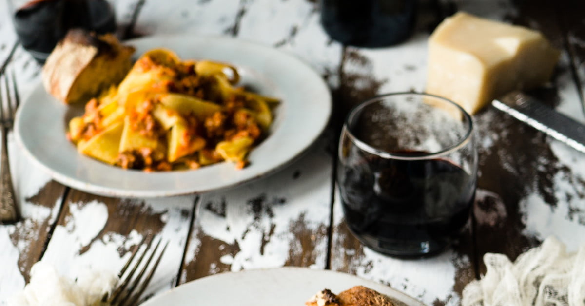5 Perfect American Pinot Noir And Pasta Pairings photo