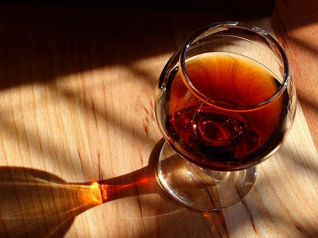 Farm To Table: Liquor Licence: Brandewyn Vir Die Pyn, Met Eish Ja (or Apricots) photo