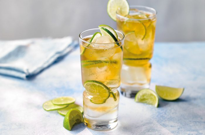 rum tonic 700x460 The Best Cocktails To Make With Tonic Water