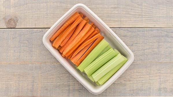 This Simple Hack Will Keep Your Carrots And Celery Fresh And Crispy For Longer photo