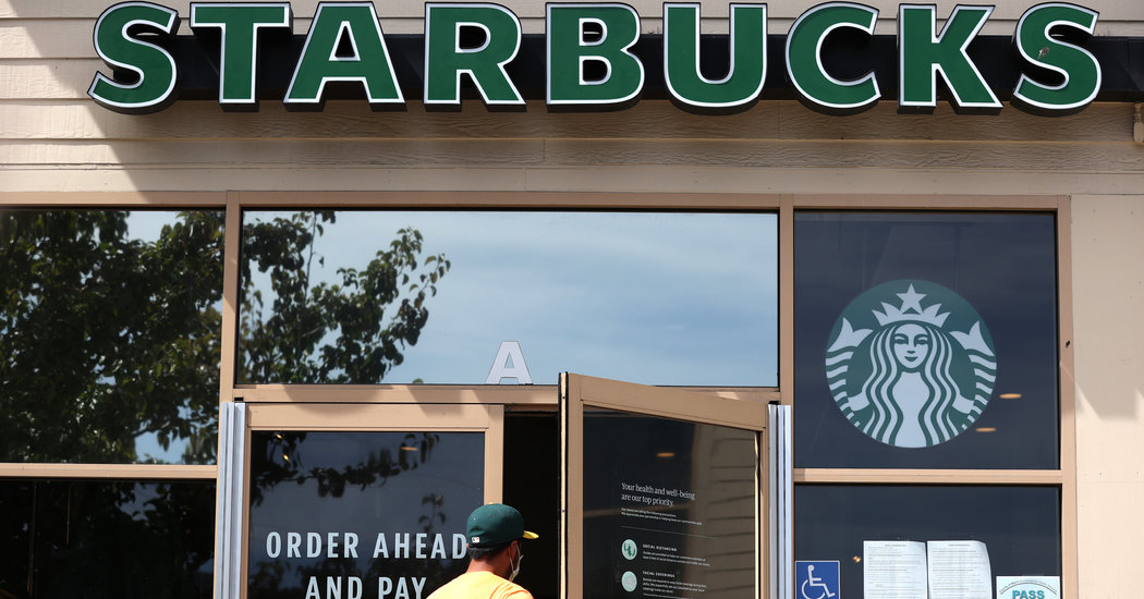 Starbucks Barista Gets $65,000 In Donations After Customer's Mask Complaint photo
