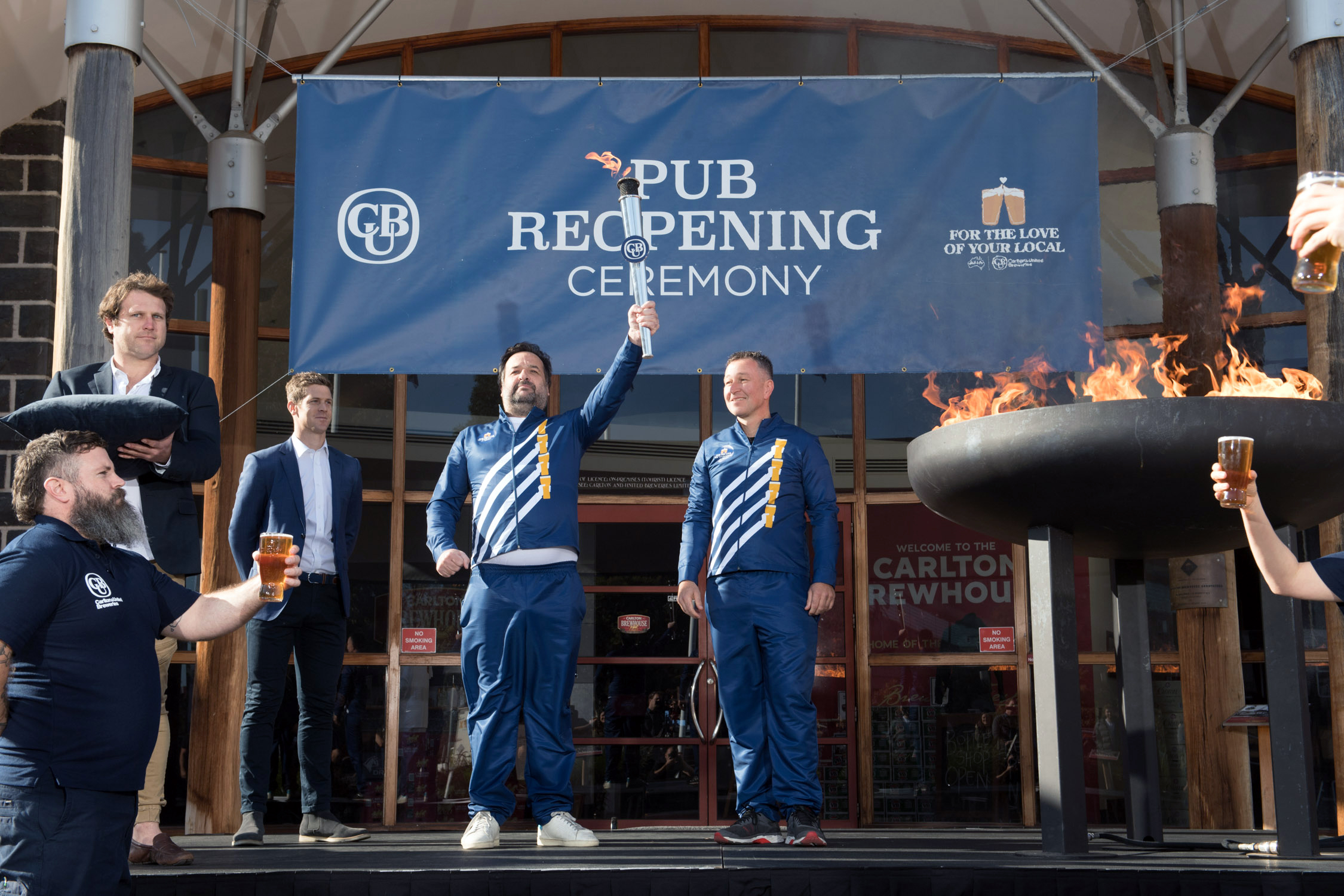 Cub Kicks Off 'the Pub Reopening Ceremony' As Venues Open Again photo
