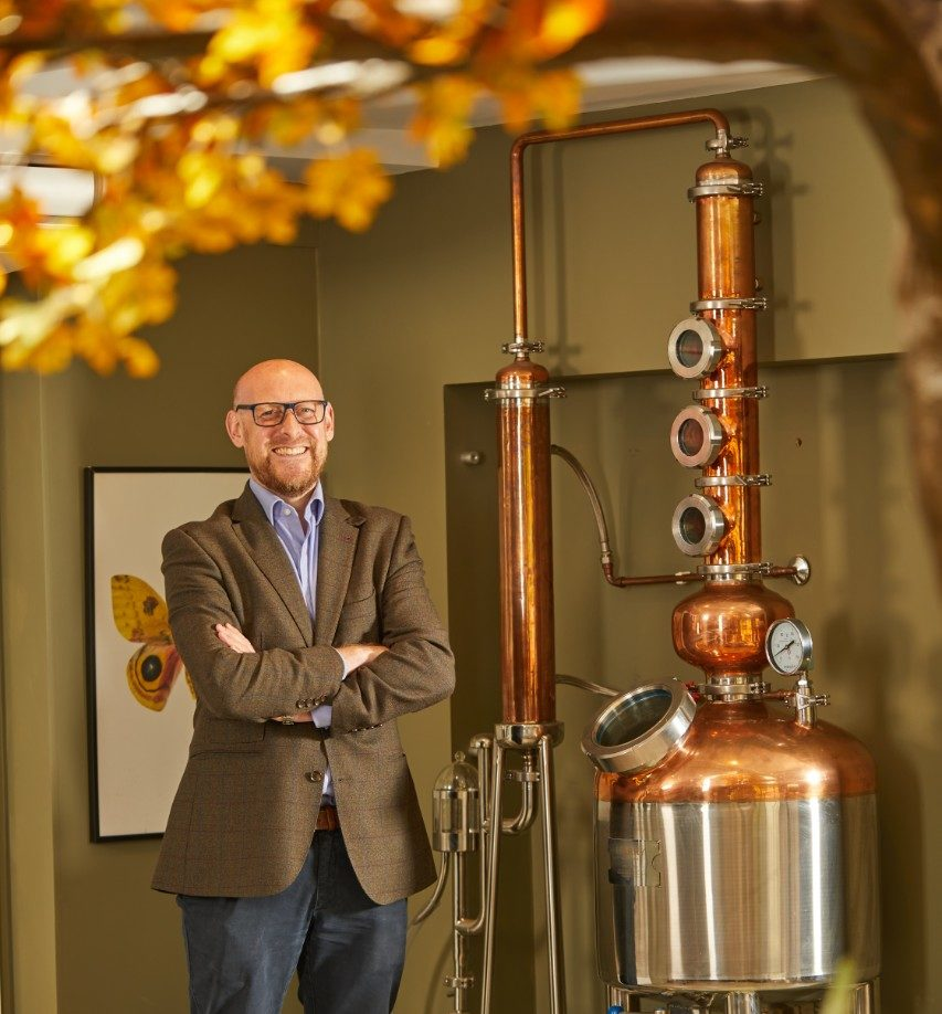Whitley Neill Gin Founder To Host Live Distillation Online To Celebrate World Gin Day photo