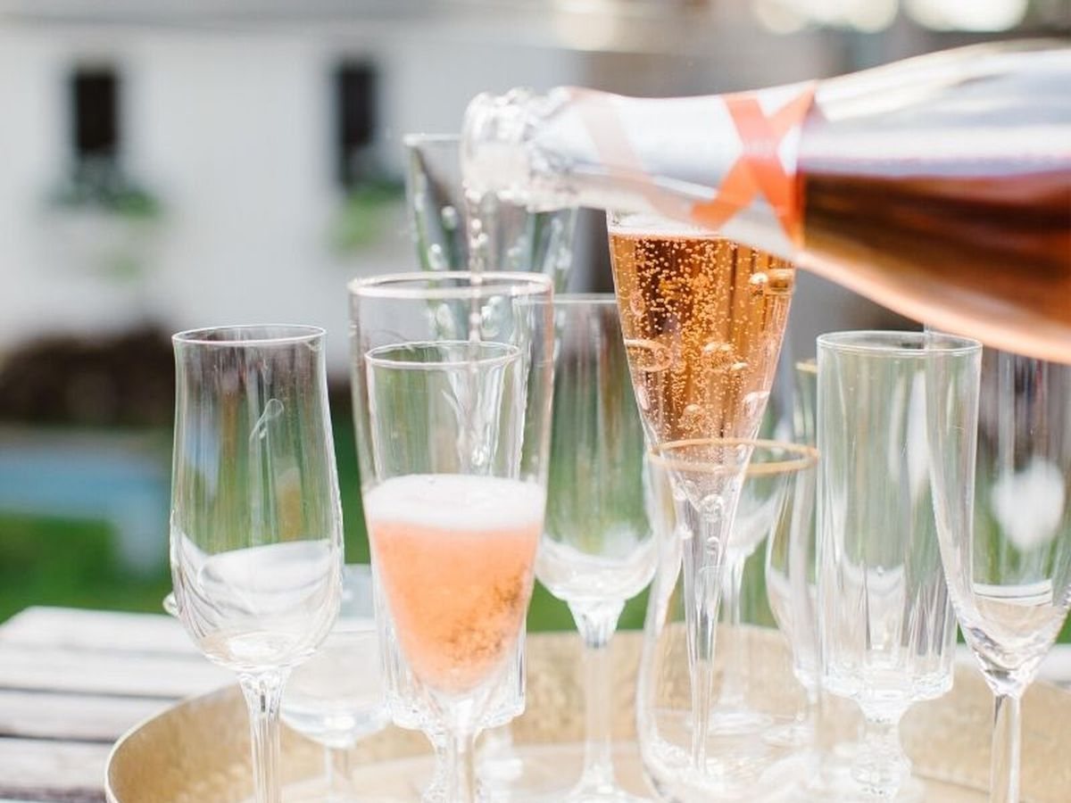 Celebrate July 1 With Flag-waving Sparkling Wines From Canada photo