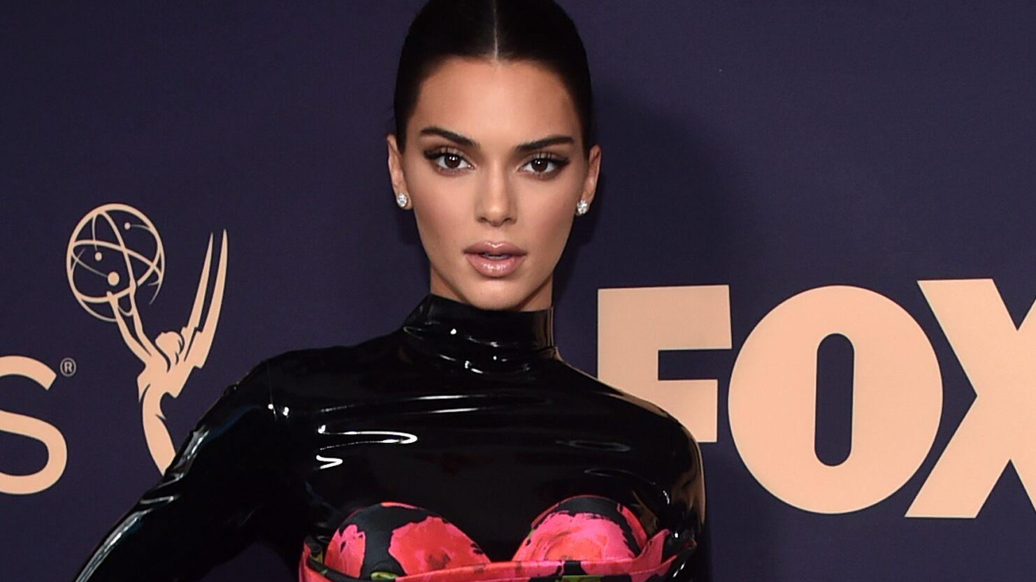 Kendall Jenner Slammed By Fans For Past Pepsi Protest Commercial Gone Wrong photo