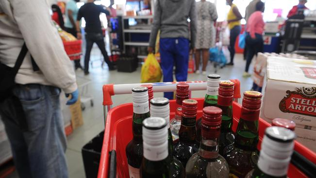 Pics: Cape Town Liquor Stores Lap It Up As Queues Form photo