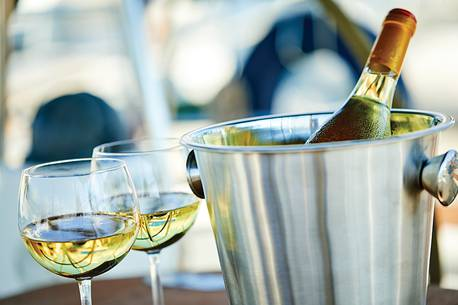 Wine & Dine: Tidal Bay – A Taste Of A Time And Place photo
