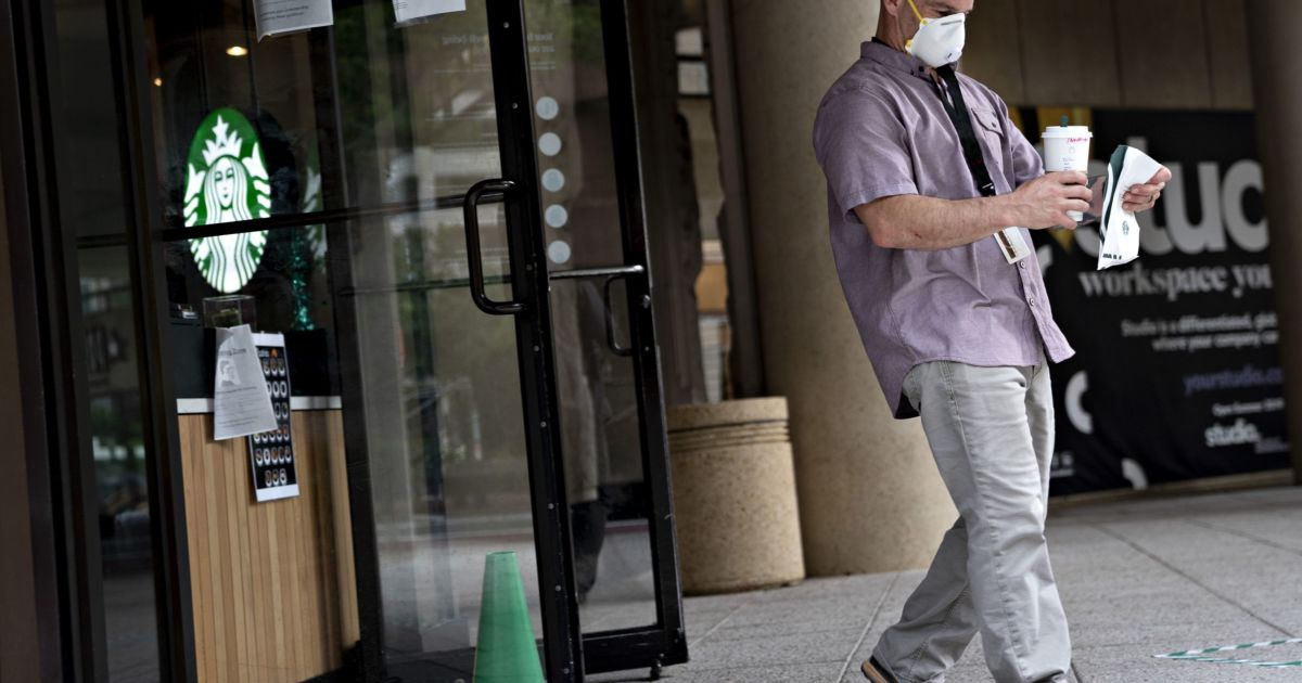 Starbucks' Coronavirus Plan Demonstrates The Future Of Fast Food photo