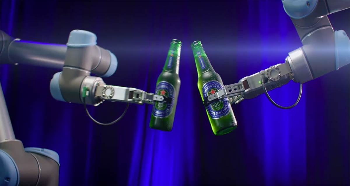 Heineken Launches Robotic Bar In Australia For Zero-contact Drinking Experience photo