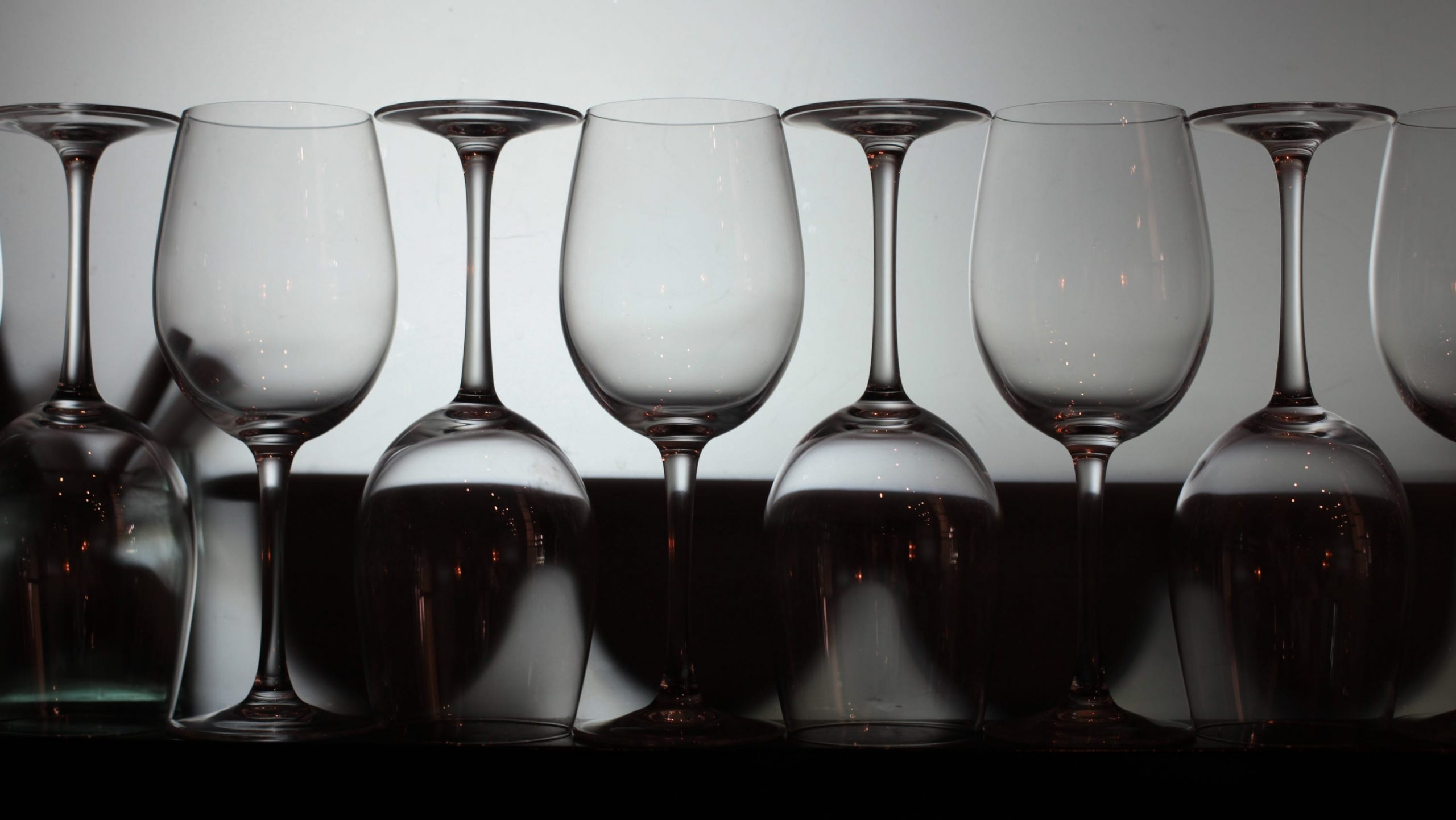 Gus Clemens: Don't Let Dirt Spoil A Good Glass photo