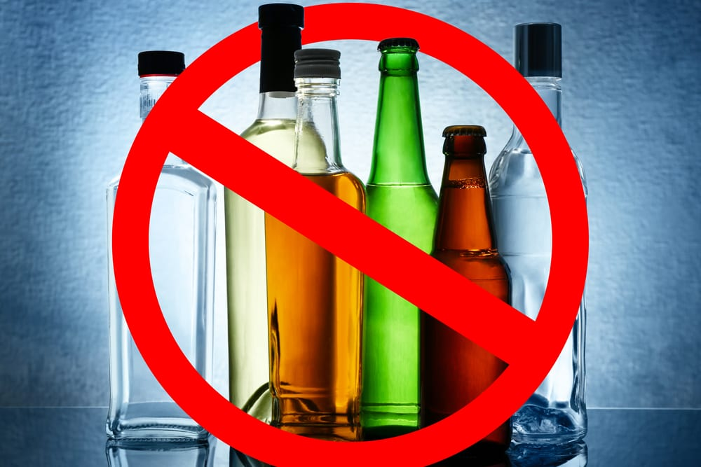 Western Cape Government Wants Alcohol Ban Lifted Urgently To Prevent Jobs Bloodbath photo