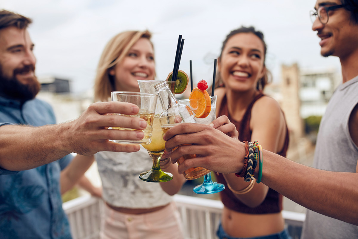 How to Host an Amazing Drinks Party (Easy Guide) photo