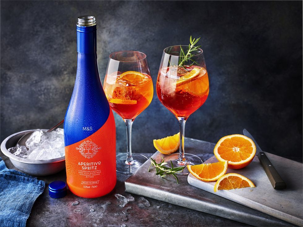 You Can Now Drink Aperol Spritz In A Can photo