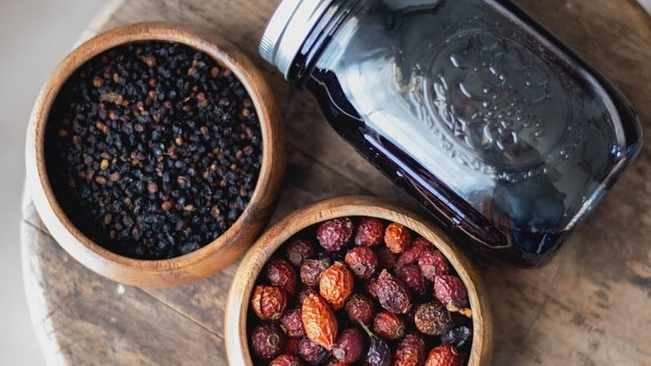 Boost Your Immunity With This Elderberry Syrup Recipe photo