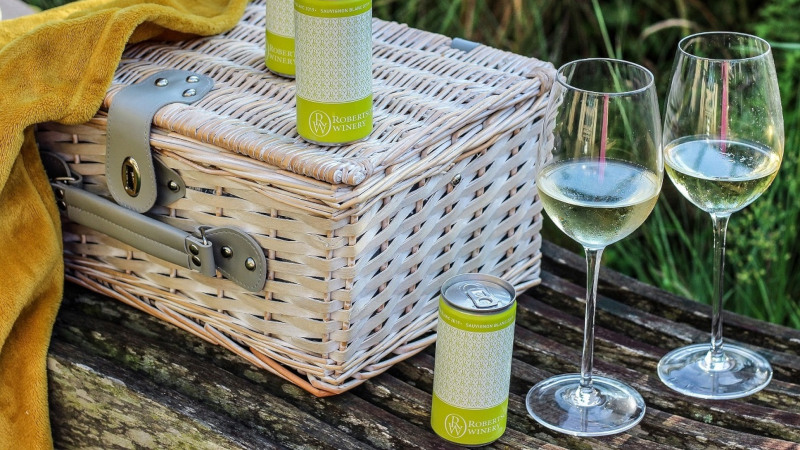 Robertson Winery Launches Single Serving Cans photo