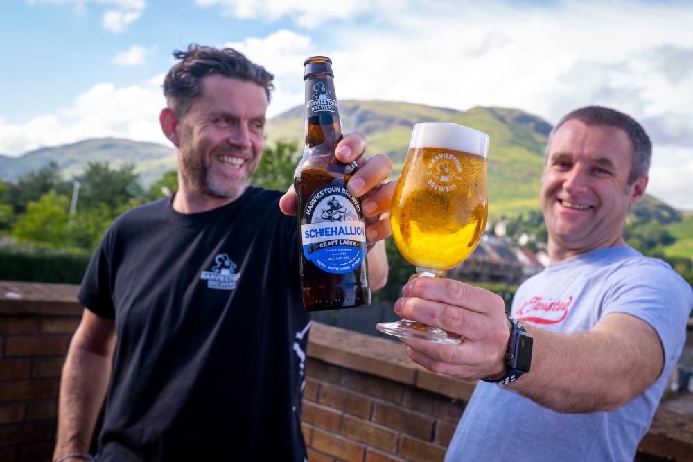 Brewery Reports 2000% Increase In Online Beer Sales photo