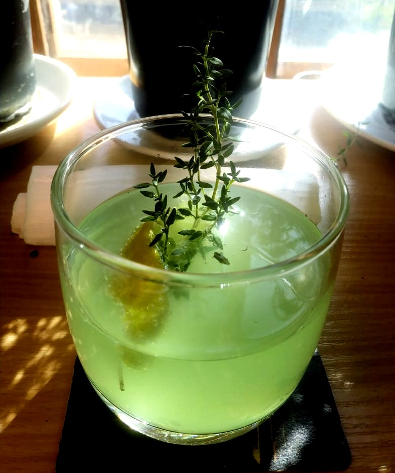 How To Make A Lemon Thyme Gimlet On A Poorman's Budget photo