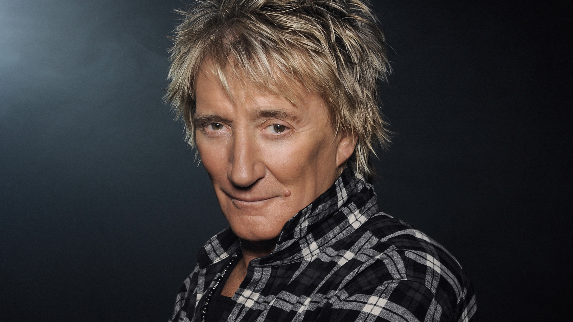 Rod Stewart Reschedules His 2020 'the Hits!' Tour And You'll Be Waiting A While To See Him Again photo