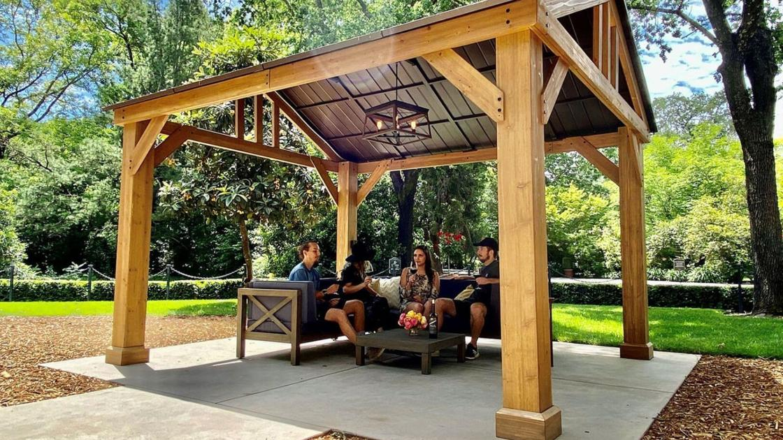 Wine In The Great Outdoors: Cabana Tastings Are Good Match For The Times photo