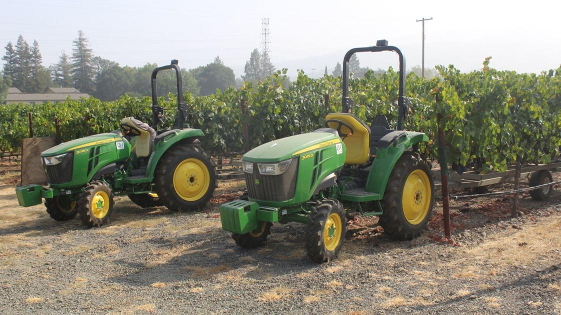Napa Valley Harvest Report: Harvest Races Toward Early Finish photo