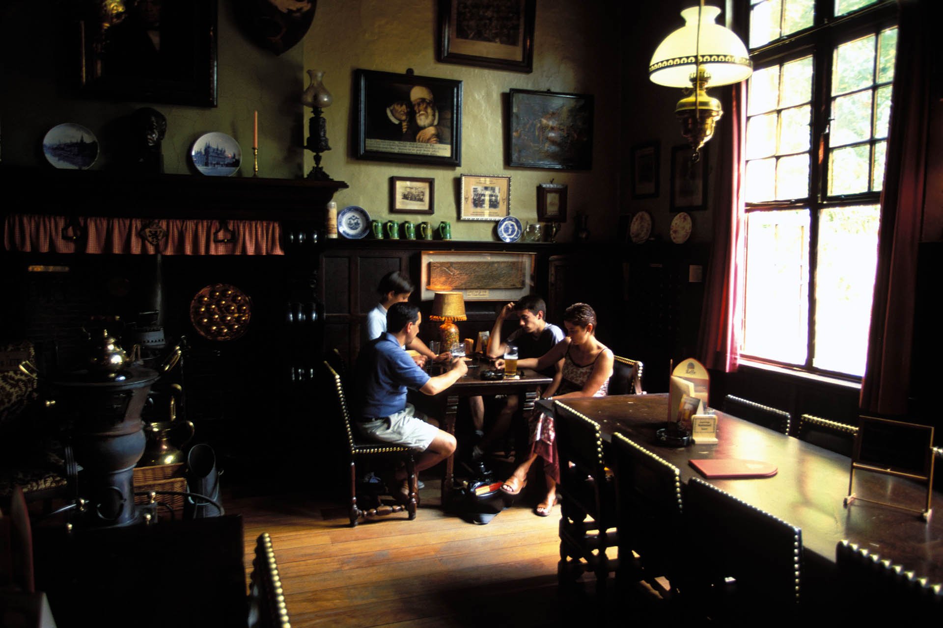 Five Of The World's Oldest Bars, From Ireland To Mexico photo