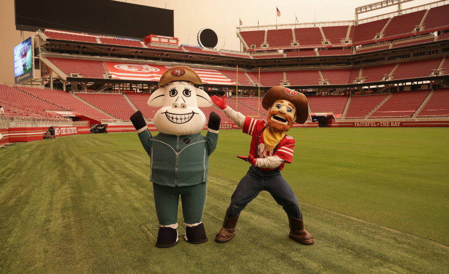 San Francisco 49ers Name Clover Sonoma Preferred Milk Partner photo