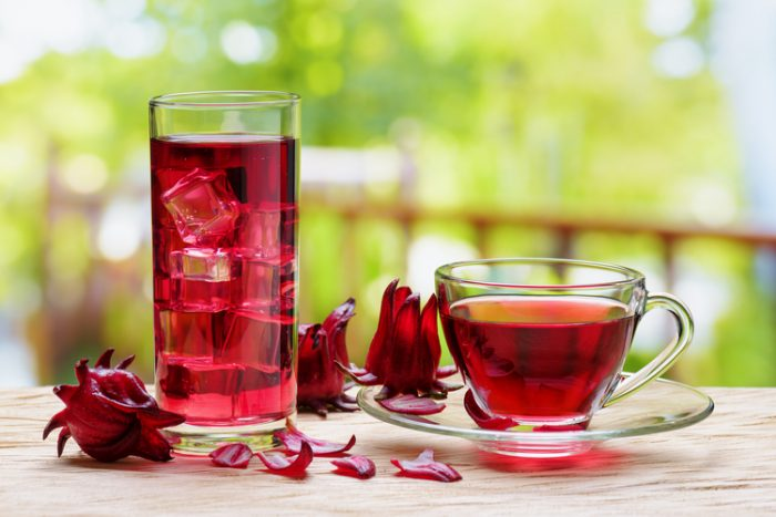 Cool Down Hibiscus Iced Tea 700x467 Best Non Alcoholic Beverages to Order