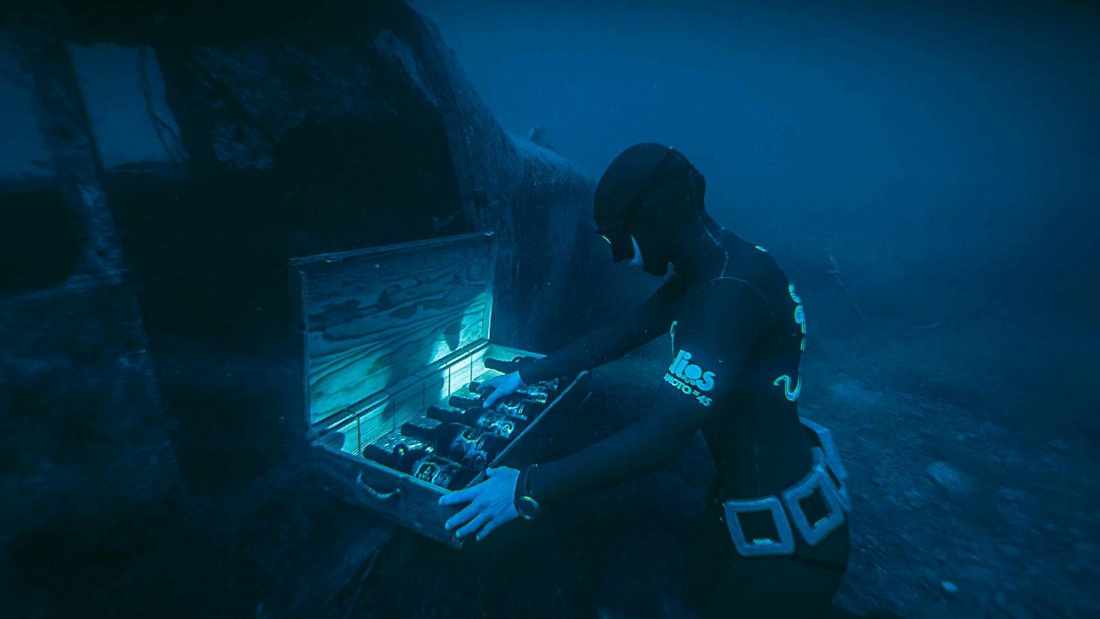 Kraken Black Spiced Rum Launches Underwater 'drive Thru' photo