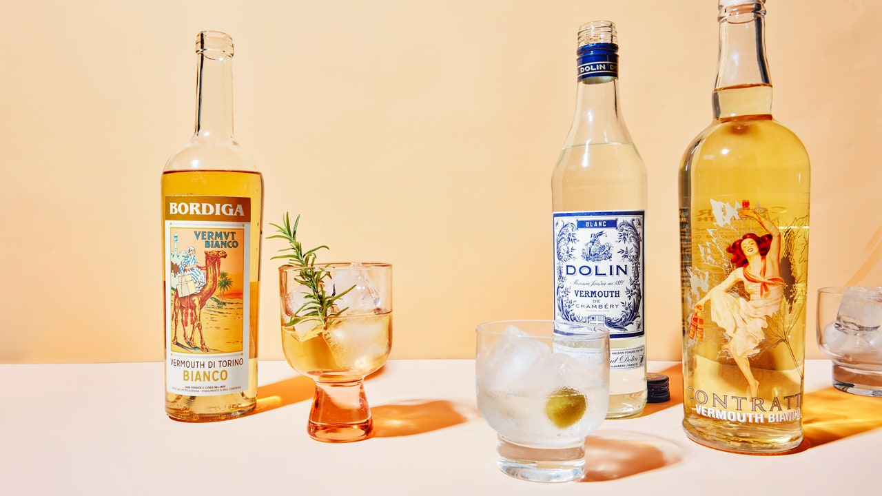 There's Sweet And Dry—and Then There's Vermouth Bianco photo