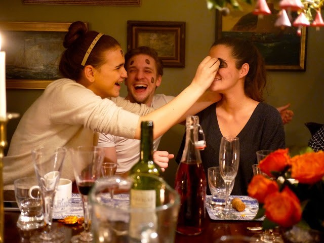 londoner 18 jJattQZLc8hNsF3J4f4FaC The Best Drinking Games You Can Play At A Bar
