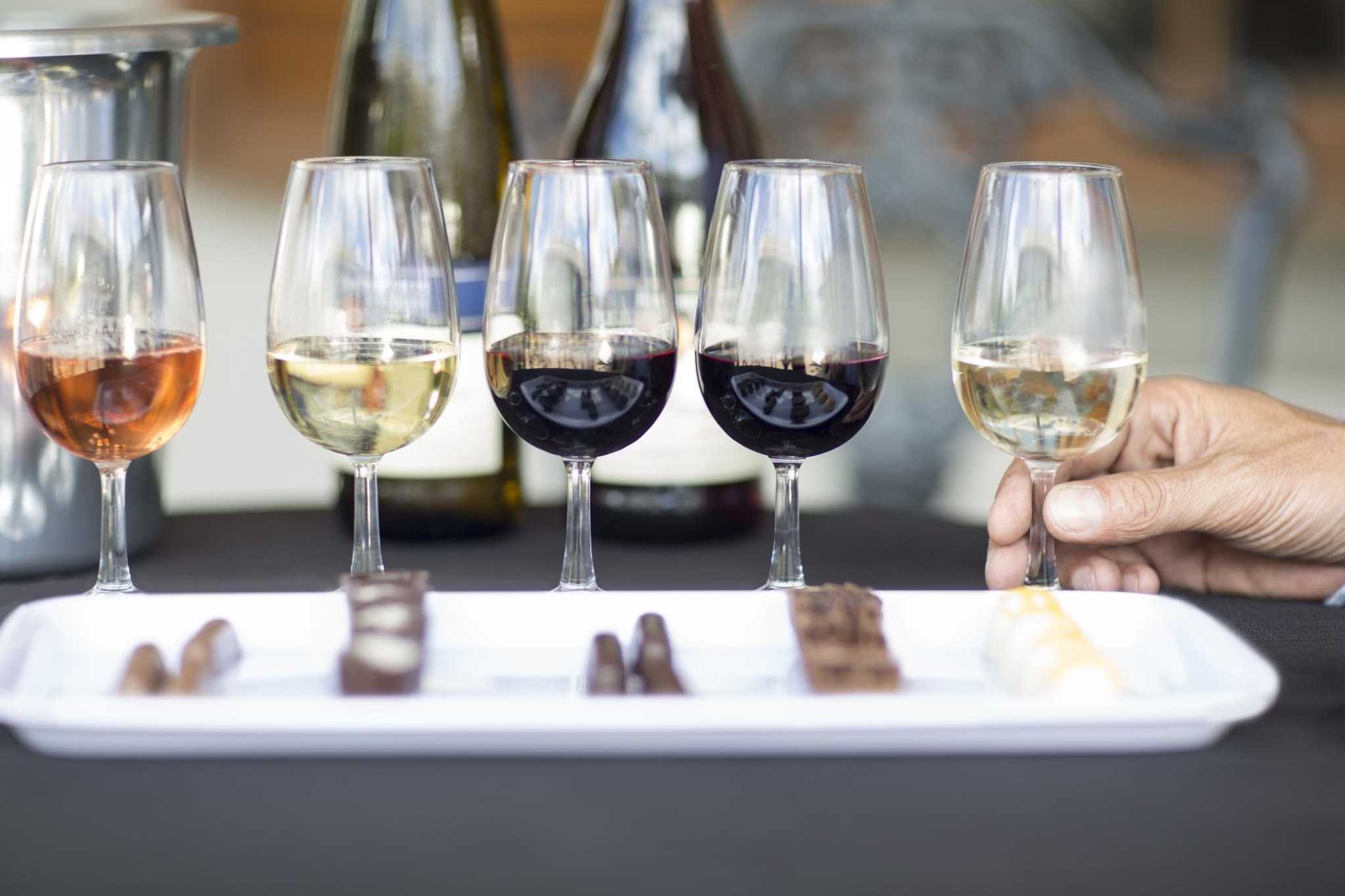 Here Are 8 Wines The Houston Chronicle Tasting Panel Recommends photo