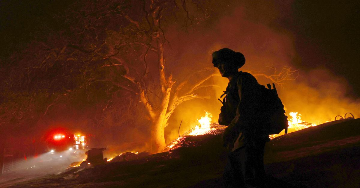 Glass Incident Fire Burns 31 Wineries, Restaurants, And Lodges, Including California's Oldest Resort photo
